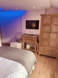 Room 5 Double Room Bedroom