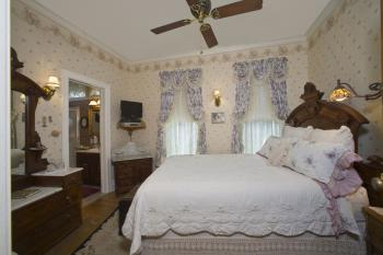 Double room-Ensuite-Superior-Anastasia's Room - Base Rate
