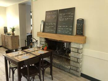 cheminée et menus restaurant la table du chiroulet
