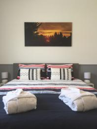Double- room 2 - Queen size bed 160x200 cm