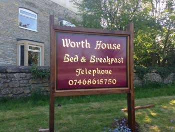 Worth House - Front Sign
