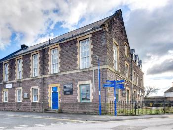 Cosy Dragon @Sherlock Holmes - Main Old Police Building