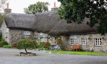 Our postcard perfect thatched Dartmoor inn
