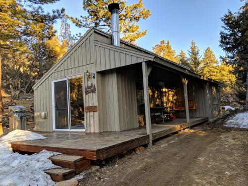 Ironwood-Cabin-Ensuite with Jet bath-Deluxe-Mountain View - Base Rate