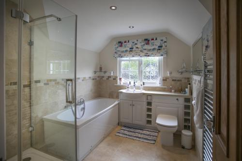 Double room-Deluxe-Private Bathroom