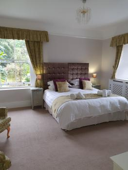 Wisteria Room - Superior Room with view of rear garden