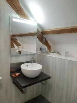 salle d'eau de la chambre chèvrefeuille