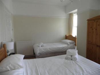 Triple room-Ensuite-Double & Single Bed