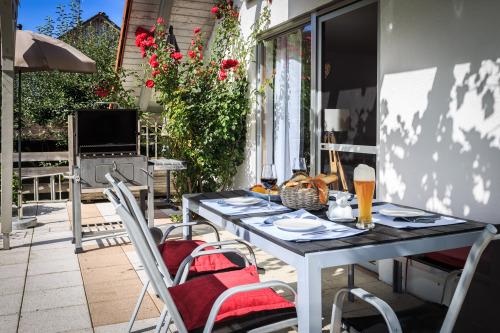 Ferienwohnung-Eigenes Badezimmer-Terrasse-Sonnenschein