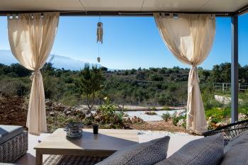 Panoramic Veranda with Jacuzzi