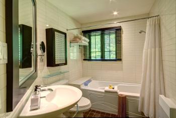 salle de bain typicale - typical bathroom