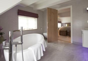 Bath - Cassia