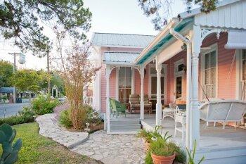 Antoinette's Cottage -