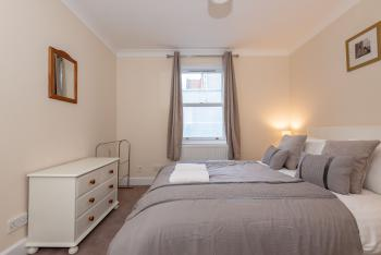 Achaniar Cottage - Central St Andrews With Parking -