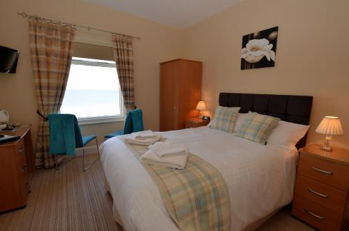Double room-Superior-Ensuite-Sea View-2nd floor - Base Rate