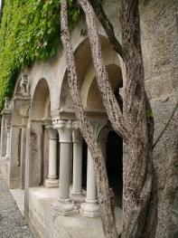 Cloître_de_l'abbaye_d'Escaladieu