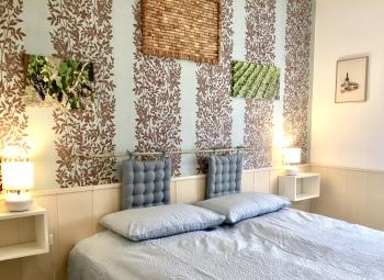 Double bedroom bed 180 x 200 cm