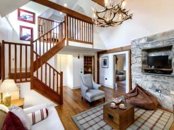 Living room in cottage Ghillie's Rest