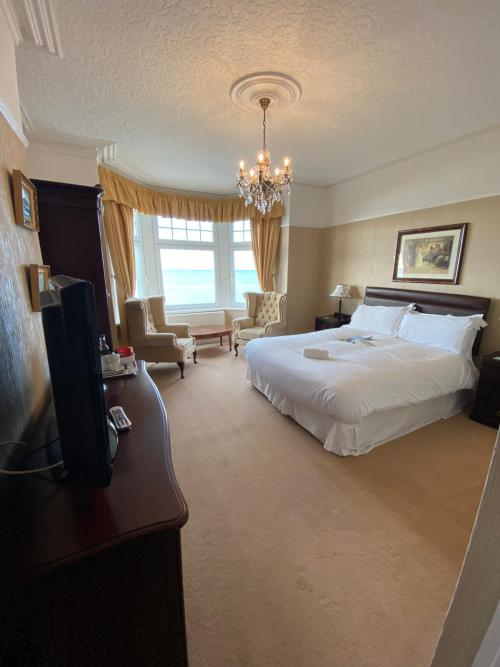 Double room-Ensuite with Bath-Sea View-Executive Double- w/ Bath