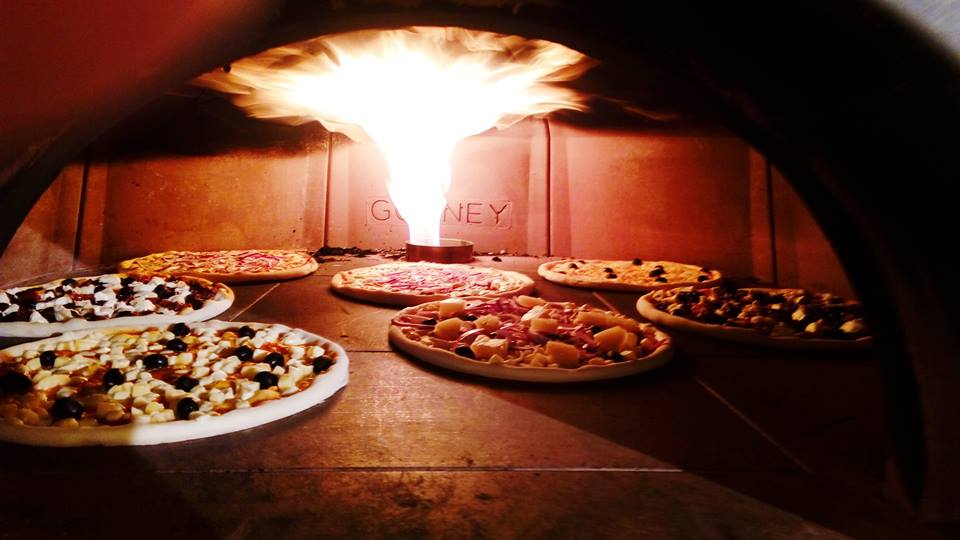 Pizza £9.90 4pm-8pm Sunday-Friday Jan 5th to Feb 13th