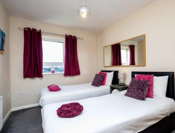 Relaxing Twin Bedroom