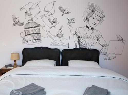 Appartement-OLYMPE-Classique-Douche-Vue sur Rue
