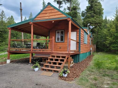 Overlook-Cabin-Premium-Private Bathroom-Lake View - Base Rate