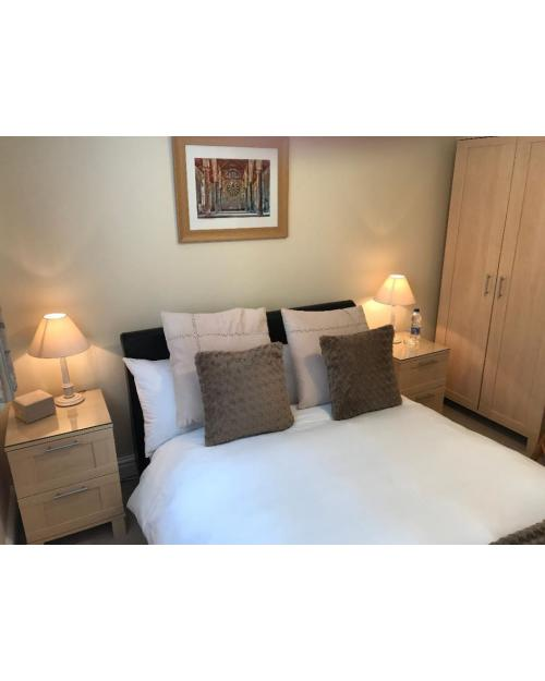 Double room-Comfort-Ensuite-Small - Base Rate