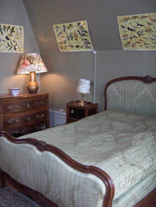 Chambre double dans le château de Joyeux