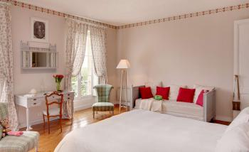 Superior Double or Twin Room, private bathroom, view over the wineyard