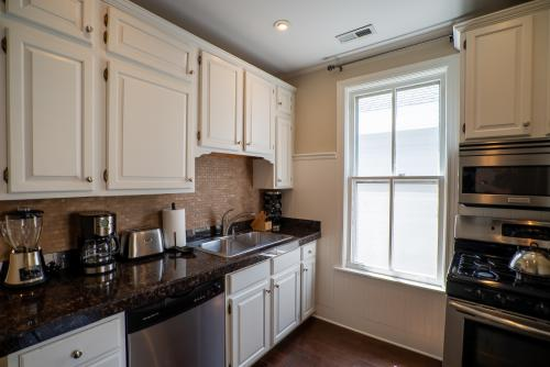Village South #2-Apartment-Private Bathroom-Standard