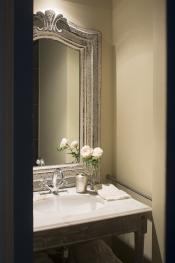 Vasque de la salle de bain chambre polo
