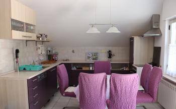 Vollausgestattete Küche mit Essbereich © Ferienwohnung Casa Belle Vacanze