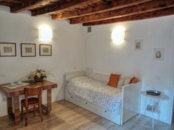 CAPITOLIUM-Matrimoniale o doppia-Premium-Bagno in camera con doccia-Vista città