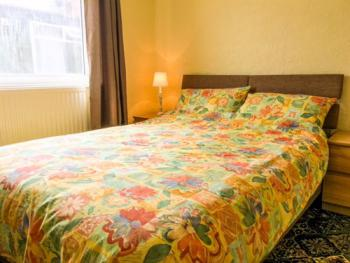 Triple room-Ensuite with Shower-Sea View - Base Rate RO