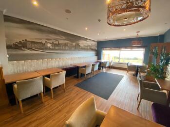 Calder House Hotel  -