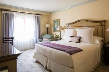 Delamar Greenwich Harbor  - Deluxe Townview King