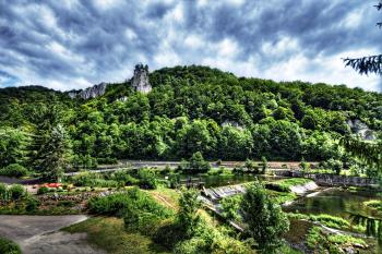 Ausblick vom Zimmer auf die Donau und den Falkenstein