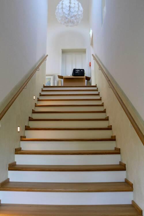 Apartment-Deluxe-Eigenes Badezimmer-Balkon