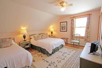 Family Bed room, the Exeter