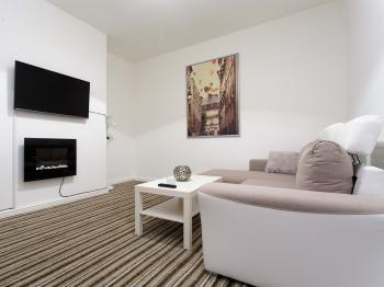 Brownhill House Apartments -
