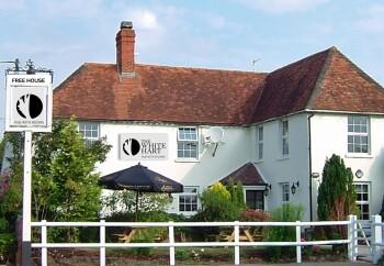 The White Hart Inn - Outside of The White Hart Inn