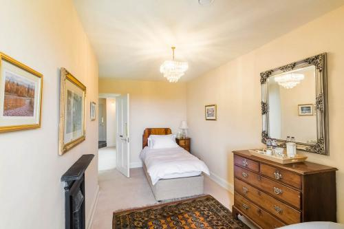 Single Room Rate Refundable