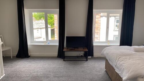 Apartment-Elite-Ensuite-Street View-A1