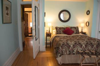 Coco Benner Atelier - One of Guest Rooms