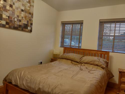 Double room-Standard-Ensuite-Courtyard Downstairs - Base Rate