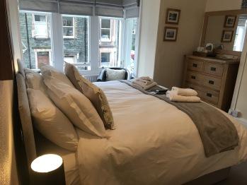 Greystoke House - Room 2 - Super-King / Twin Room