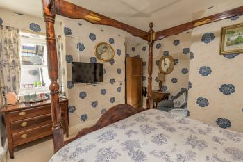 Double room-Superior-Ensuite-Four Poster Room
