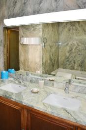 West Wing 1 Bath