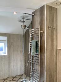 The Barn - New Walk-In Shower